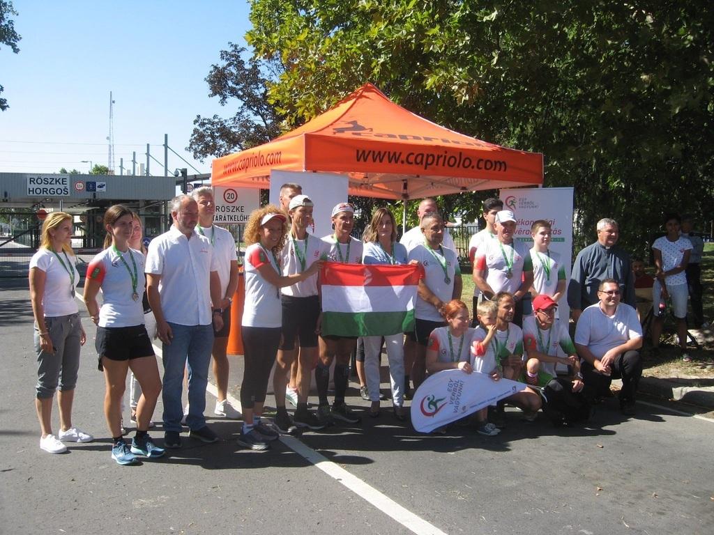Egy csoportkép az esemény végén