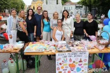 Subotica: Humanitarni vašar i koncert za malog Olivera - A cikkhez tartozó kép
