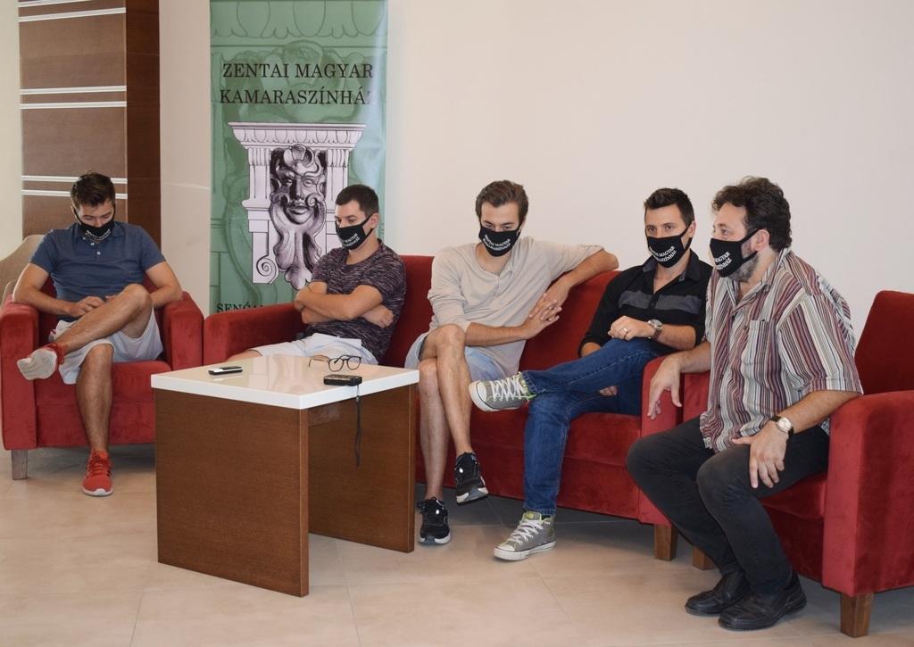 Szilágyi Áron, Virág György, Dévai Zoltán, Papp Arnold és Wischer Johann a sajtótájékoztatón