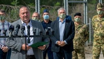Németh Szilárd: Egyre nagyobb a nyomás a déli határzáron - illusztráció