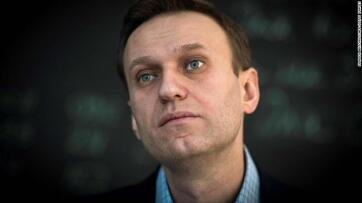 Navalnij munkatársai szerint mérgezett volt a vizespalack a tomszki szállodában - A cikkhez tartozó kép