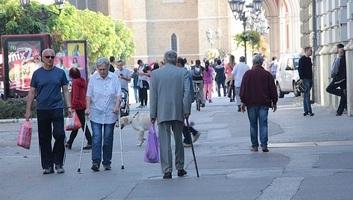 Demográfus: Szerbia az idősek országa, az utóbbi években fokozódott az elvándorlás - illusztráció
