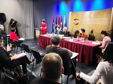 Főszerkesztők kinevezéséről döntött a Magyar Nemzeti Tanács - A cikkhez tartozó kép