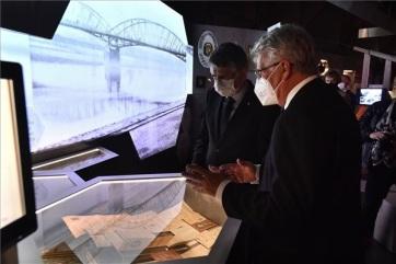 Megnyílt a Nemzeti Múzeum Trianon-kiállítása - A cikkhez tartozó kép