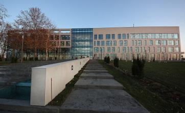 Mától az új épületből sugározza műsorát az Újvidéki Rádió - A cikkhez tartozó kép