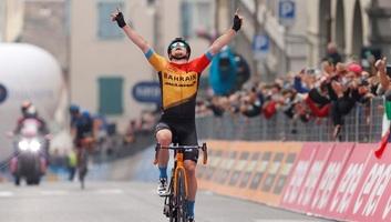 Giro d´Italia: Tratnik szökésből nyert szakaszt, Valter a 60. - illusztráció