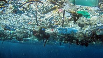 Üzemanyag is készülhet a tengerekből kihalászott szemétből - illusztráció