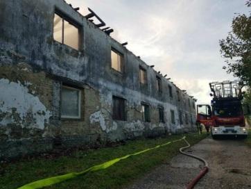 Húsz család maradt otthon nélkül a reggeli bácsi tűz után - A cikkhez tartozó kép
