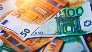 Félmilliárd euróval kevesebbet utaltak haza a vendégmunkások az idén - illusztráció
