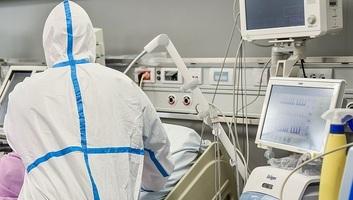 Rekordot dönt az új fertőzések száma Szerbiában: A kórházak hamarosan megtelnek - illusztráció