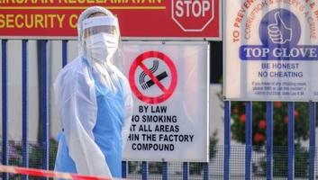 2500 dolgozójuk koronavírusos, gyárbezárások a világ vezető gumikesztyűgyártójánál - illusztráció