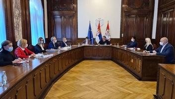 Vučić az intézmények vezetőivel tárgyalt a vakcina sürgős beszerzéséről - illusztráció