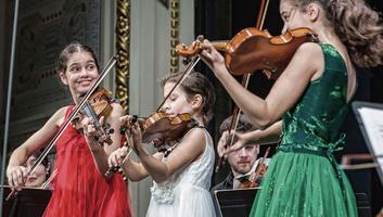 Közép-kelet-európai fiatal hegedűsöknek hirdettek hegedűversenyt - illusztráció