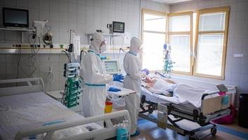 Meghalt 152 beteg, 6268-cal nőtt a fertőzöttek száma Magyarországon - illusztráció