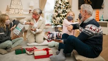 Gulyás Gergely: A karácsonyi időszakra jó lenne a családok számára a találkozásokat minél szélesebb körben lehetővé tenni - illusztráció