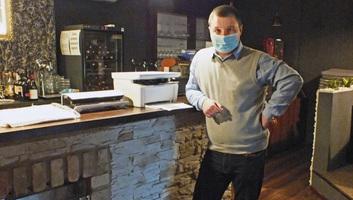 Slovačka: Kreativna ideja vlasnika jednog kafića za preživljavanje krize zbog pandemije - illusztráció