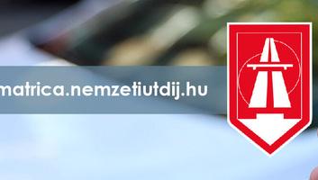 Magyarországon hétfőtől elérhetőek a 2021-es éves autópálya-matricák - illusztráció
