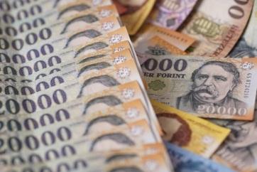 KSH: 397 400 forint volt a bruttó átlagkereset tavaly októberben - A cikkhez tartozó kép