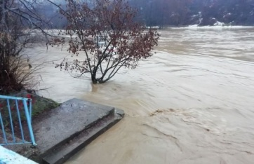 Víz alá került Szerbia egy része: A községek rendkívüli helyzetet hirdettek - A cikkhez tartozó kép