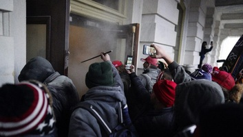The Washington Post: Az FBI tudott arról, hogy erőszak várható a Capitoliumnál - illusztráció