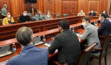 Felfüggesztették a szabadúszók elleni adóügyi eljárásokat, amíg tartanak a tárgyalások a kormánnyal - A cikkhez tartozó kép