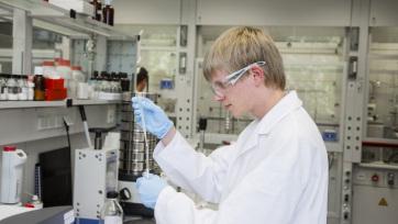 Több mint 87 ezer tudományos kutatás készült az új koronavírusról a járvány kezdete óta - A cikkhez tartozó kép