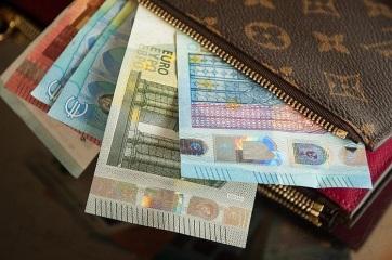 Lépésről lépésre: Hogyan kell igényelni a 30 eurót - A cikkhez tartozó kép