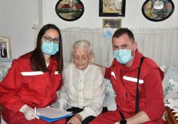 Najstarija Novosađanka, 107 godišnja Ilona Kovač primila i drugu dozu vakcine - A cikkhez tartozó kép