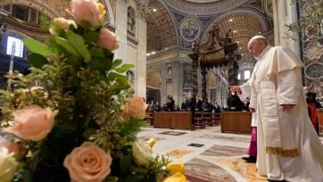 A pápa elítélte a fegyveres konfliktusokat, és méltányos vakcinaelosztást kért - A cikkhez tartozó kép