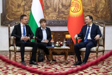 Szijjártó: Ötmilliárd forintos magyar-kirgiz fejlesztési alapot hoznak létre - A cikkhez tartozó kép