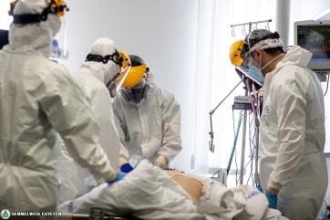 Meghalt 197 beteg, 2680-nal nőtt a fertőzöttek száma Magyarországon - A cikkhez tartozó kép