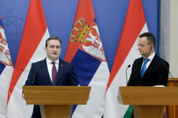 Szijjártó: Szerbiával és Montenegróval már megvan a megállapodás a védettségi igazolványok elismeréséről - A cikkhez tartozó kép