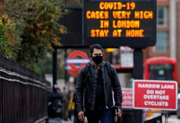 Meghaladta az 50 milliót a beadott oltásdózisok száma Nagy-Britanniában, Johnson szerint még indokolt az óvatosság - A cikkhez tartozó kép