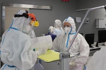 Valamivel több mint ezer új fertőzöttet regisztráltak Szerbiában - A cikkhez tartozó kép