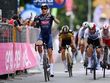 Giro d´Italia: Merlier nyerte a második szakaszt - A cikkhez tartozó kép