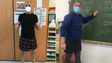 Szoknyahordással tüntetnek spanyol tanárok - A cikkhez tartozó kép
