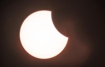Csütörtökön részleges napfogyatkozás: Vajdaságból épphogy csak látszik - A cikkhez tartozó kép