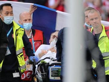 Euro 2020: Eriksen összeesett a pályán, félbeszakadt a dán-finn meccs - A cikkhez tartozó kép