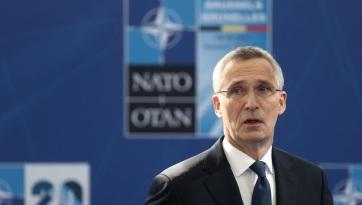 Stoltenberg: új fejezetet nyitunk a transzatlanti kapcsolatokban - A cikkhez tartozó kép