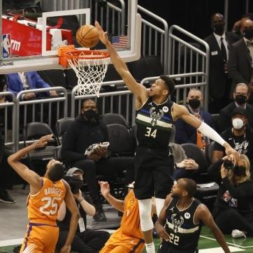 A Milwaukee nyerte az NBA nagydöntőjét - A cikkhez tartozó kép