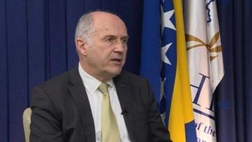A nemzetközi közösség távozó boszniai főképviselője megtiltotta népirtás tagadását - A cikkhez tartozó kép