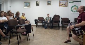 Gion Olvasási Tábor: Olvasni szerető gyerekek gyülekezete - A cikkhez tartozó kép