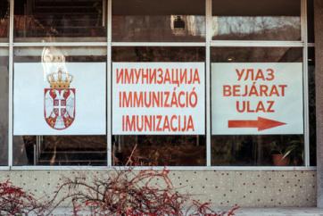 Háromszáz, veszélyeztetett kategóriába tartozó polgár kapta meg a vakcinát Szabadkán - A cikkhez tartozó kép