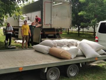 Zenta: Gyűjtik a búzát a Magyarok Kenyeréhez - A cikkhez tartozó kép