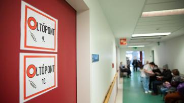 Elhunyt egy beteg, 155 új fertőzöttet találtak Magyarországon - A cikkhez tartozó kép