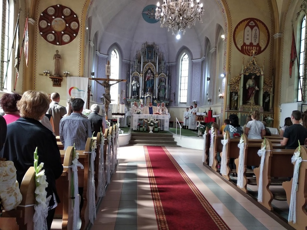 Ünnepi, búcsúi szentmise a Szűz Mária Szent neve templomban