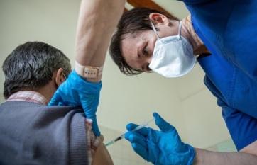 Elhunyt tizenkét beteg, 873 új fertőzöttet találtak Magyarországon - A cikkhez tartozó kép