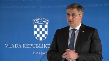 Plenković provokációnak nevezte a felhívást, hogy tűzzék ki a szerb zászlót - A cikkhez tartozó kép