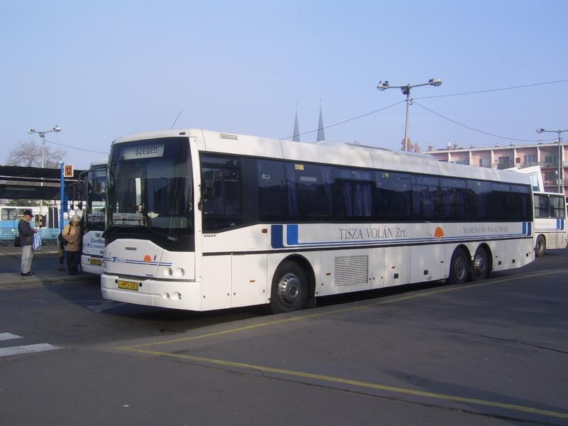 Holnaptól ismét indul busz Szegedről Szabadkára, Zentára és Óbecsére