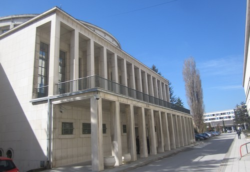 A tartományi parlament nem fogadta el a hagyományos szimbólumokat